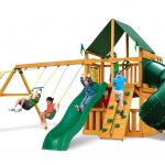 Mountaineer Clubhouse w/ Sunbrella® Canvas Forest Green Canopy